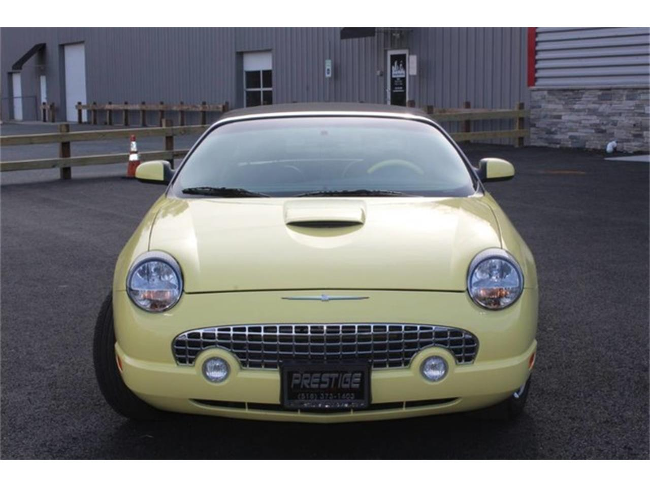 Large Picture of 2002 Ford Thunderbird - $23,999.00 - PVQ9