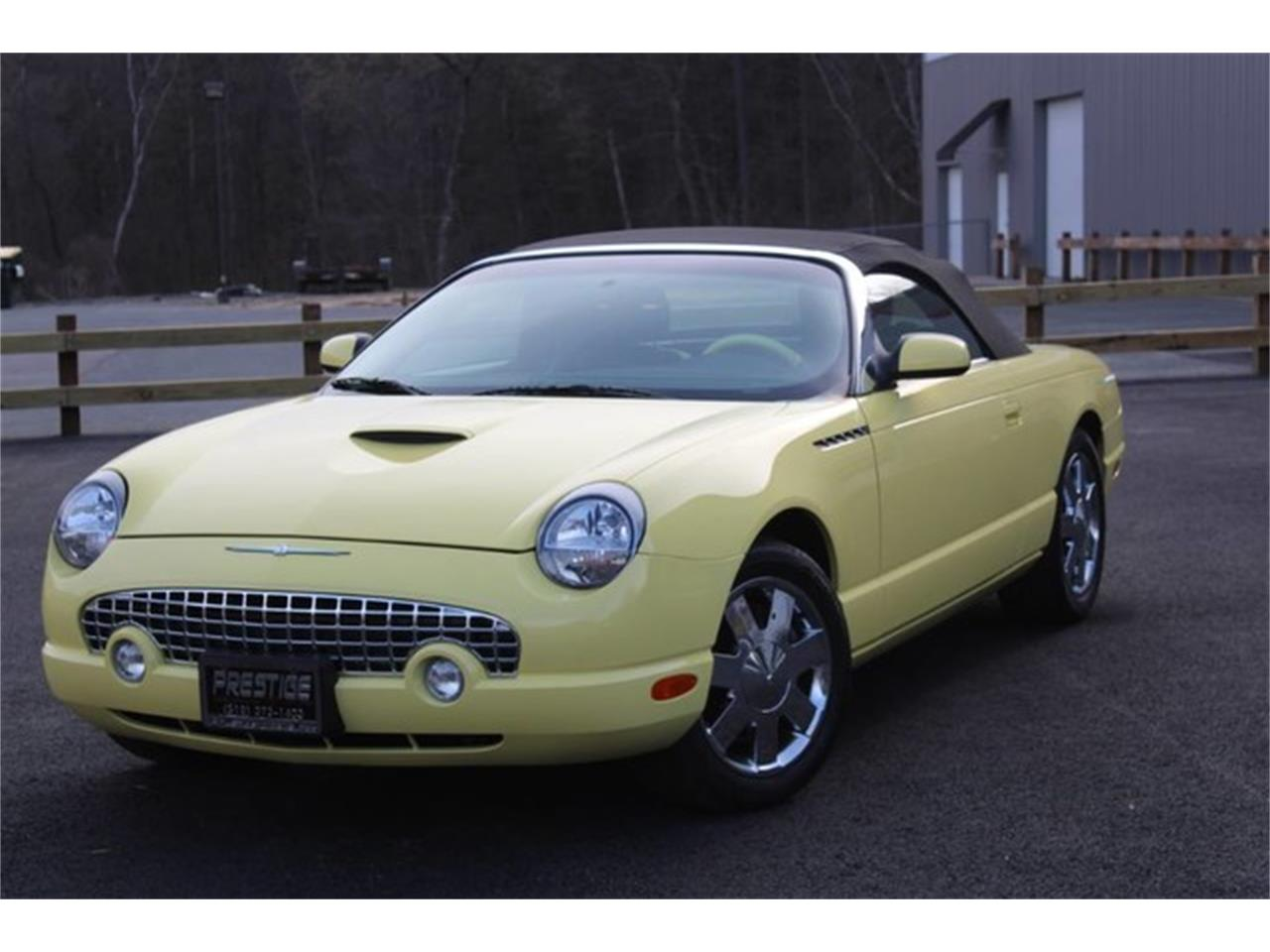 Large Picture of '02 Ford Thunderbird Offered by Prestige Motor Car Co. - PVQ9