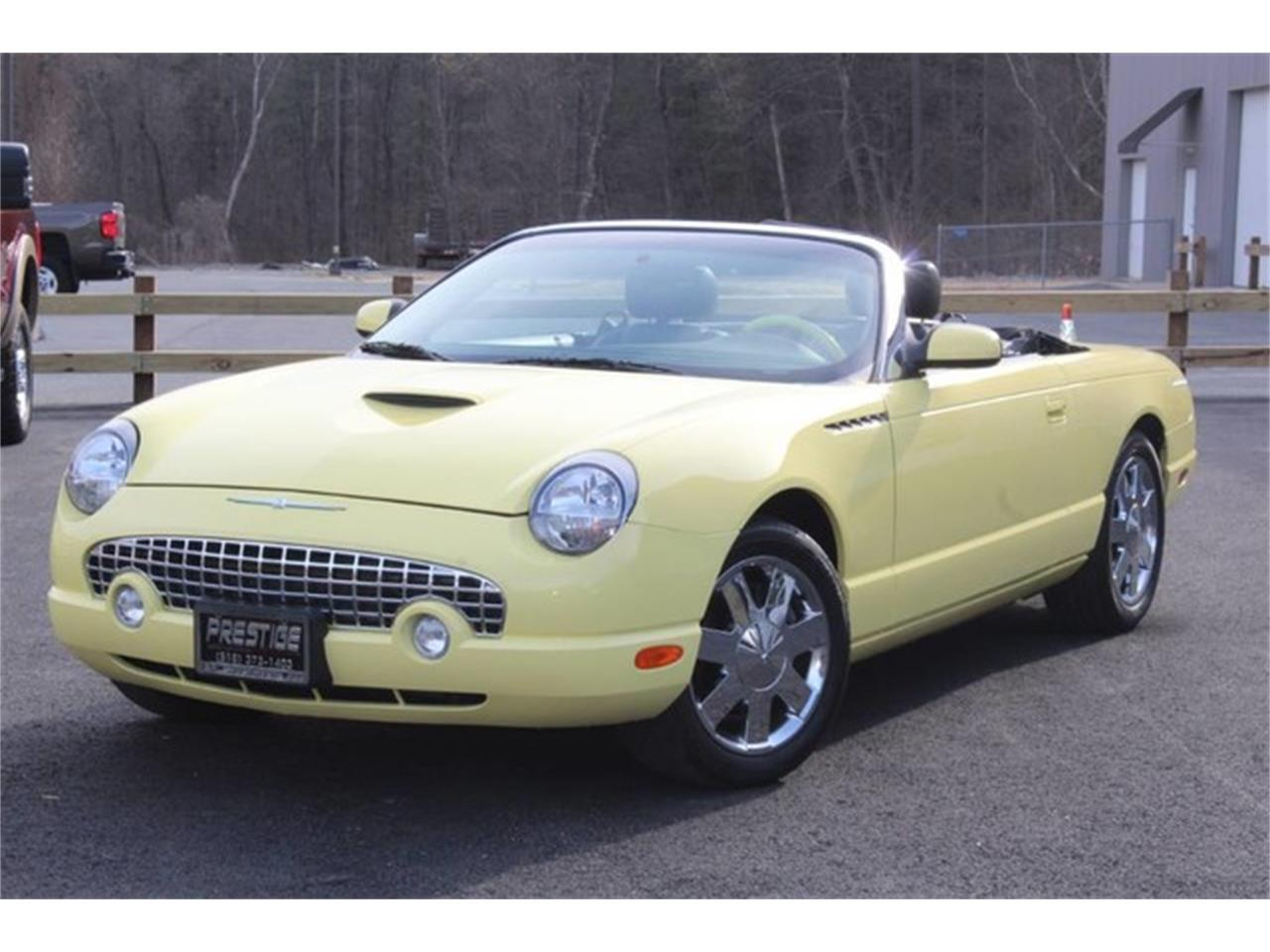 Large Picture of '02 Ford Thunderbird - $23,999.00 - PVQ9