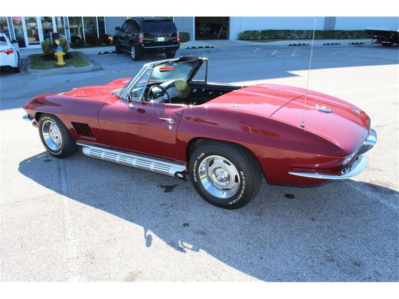 Large Picture of 1967 Chevrolet Corvette Stingray located in Florida Offered by Classic Cars of Sarasota - PVTL