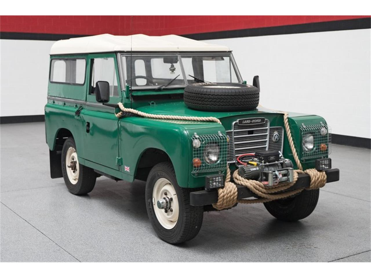 Large Picture of '74 Defender - PVUH