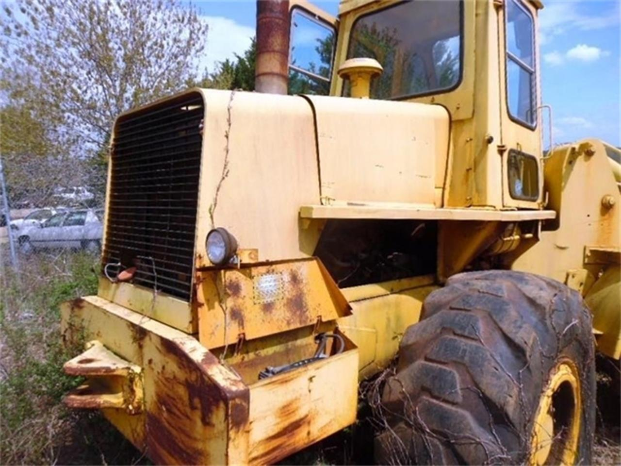 Large Picture of '75 Loader - PVWU
