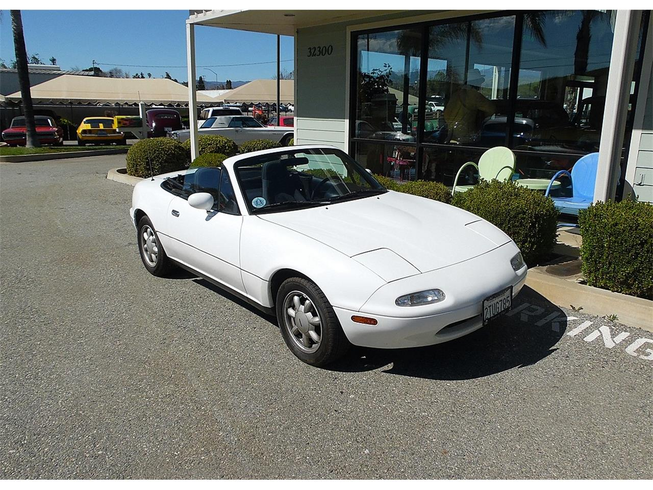 Large Picture of '90 Mazda Miata - $9,995.00 Offered by Play Toys Classic Cars - PVWW
