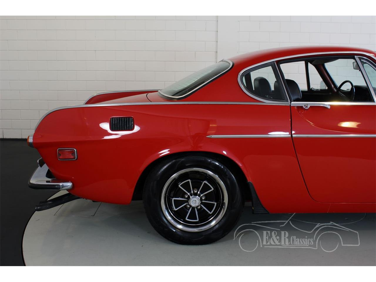 Large Picture of '71 Volvo P1800E located in Waalwijk noord Brabant Offered by E & R Classics - PVXW