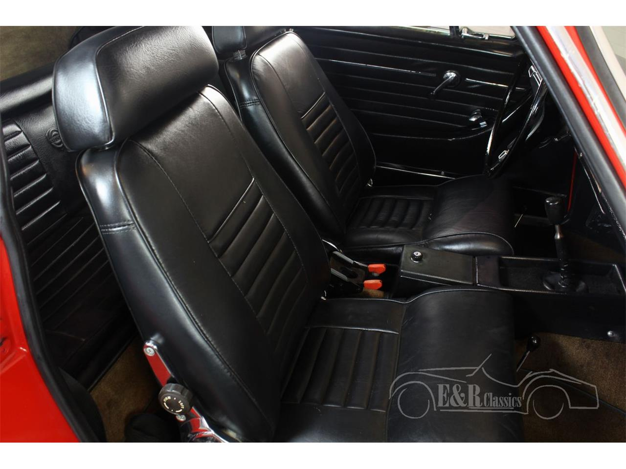 Large Picture of Classic 1971 P1800E located in Waalwijk noord Brabant Offered by E & R Classics - PVXW