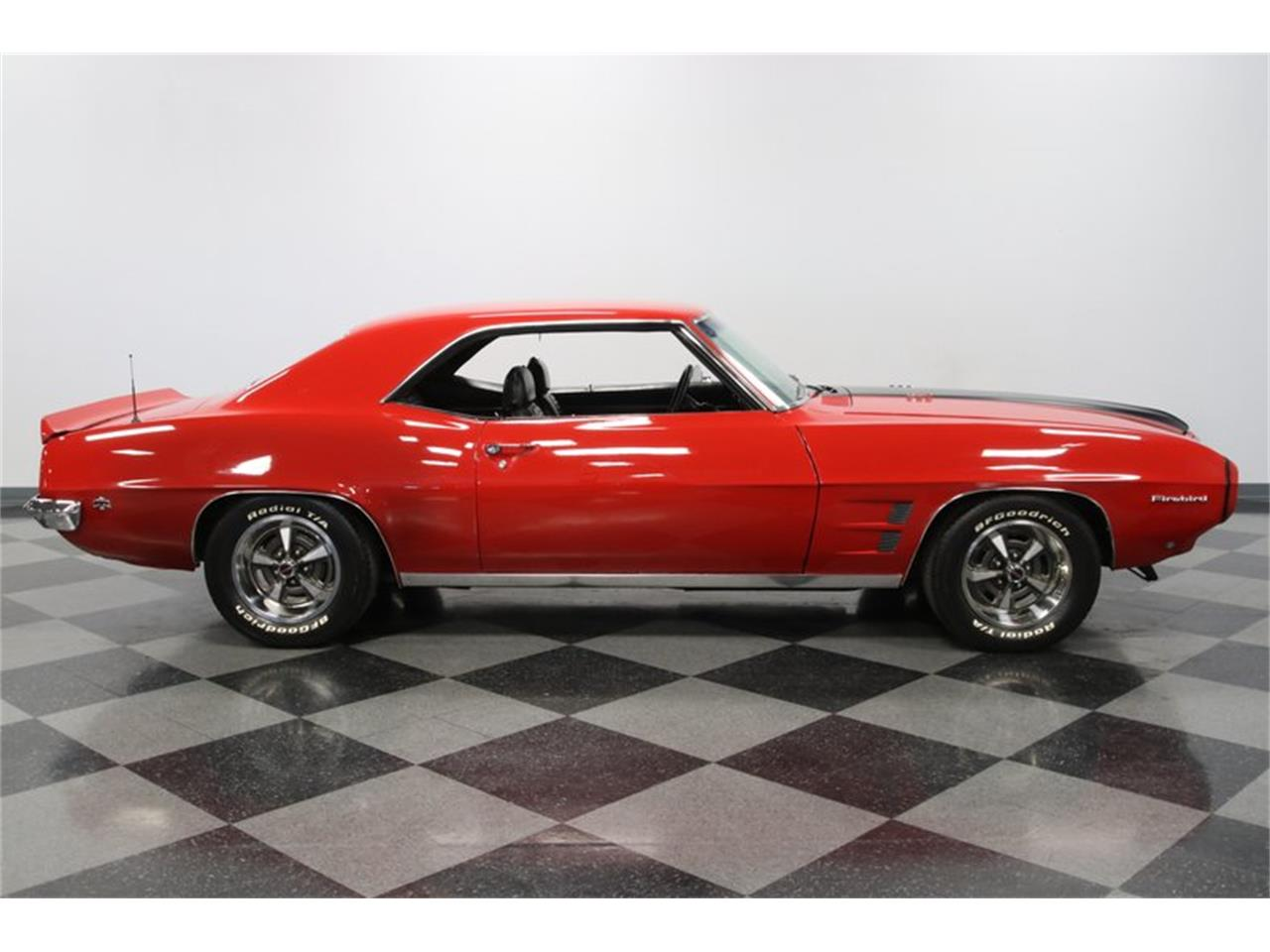 Large Picture of Classic '69 Firebird - $28,995.00 Offered by Streetside Classics - Charlotte - PVY7