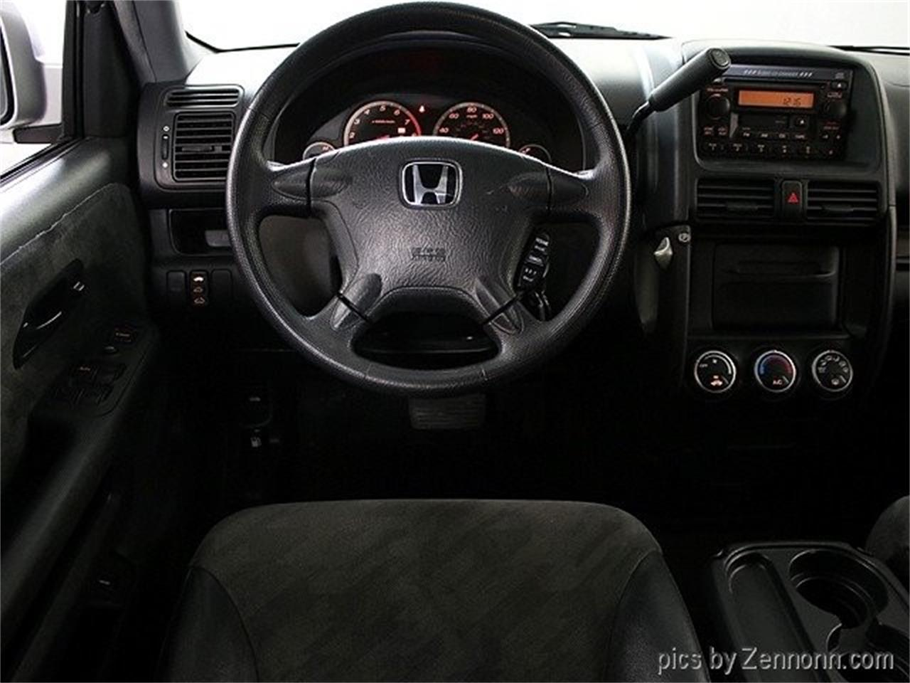 Large Picture of '04 Honda CRV located in Addison Illinois - PW0D