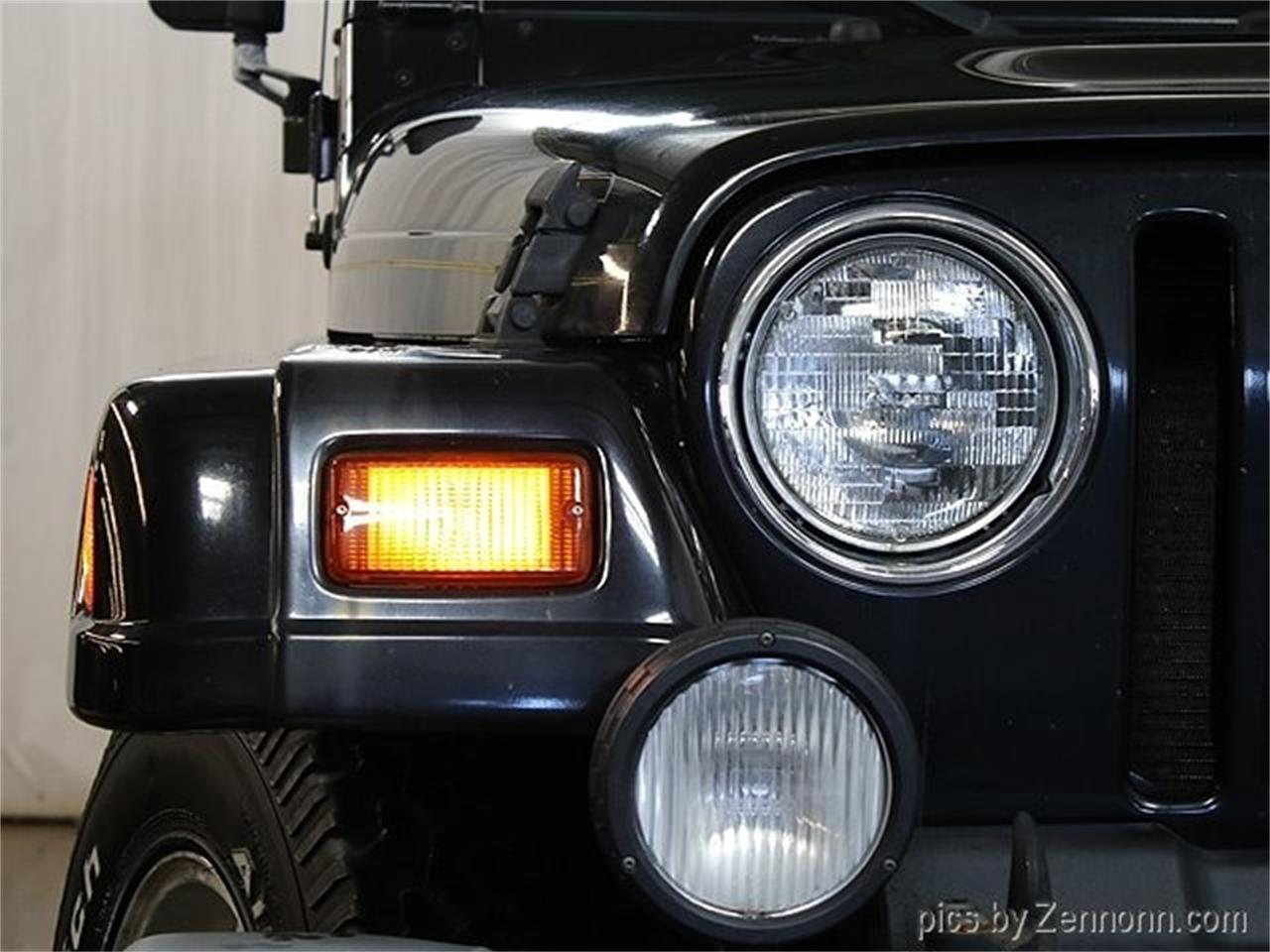 Large Picture of '99 Jeep Wrangler Offered by Auto Gallery Chicago - PW0L