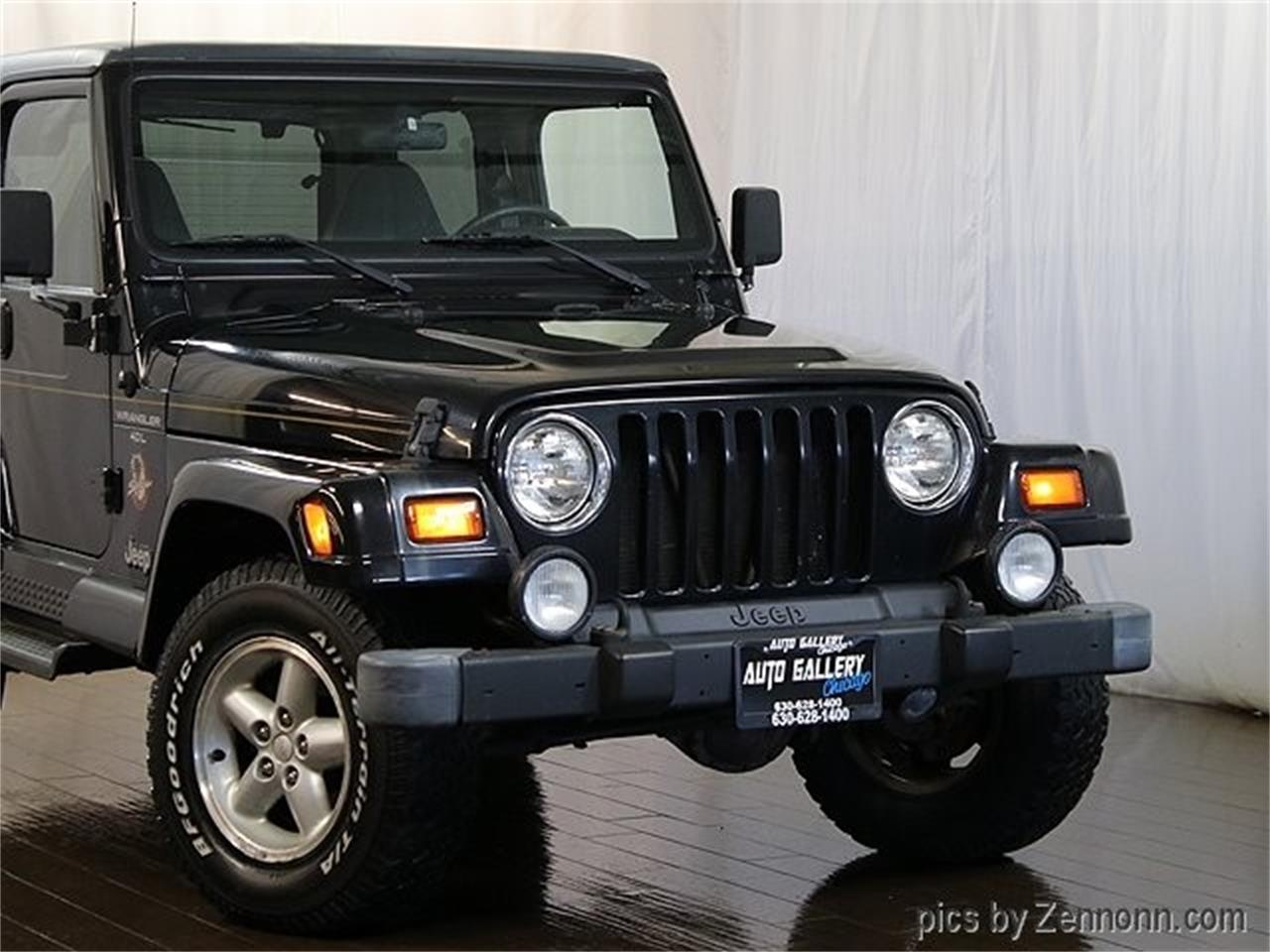 Large Picture of '99 Jeep Wrangler located in Illinois - $10,990.00 - PW0L