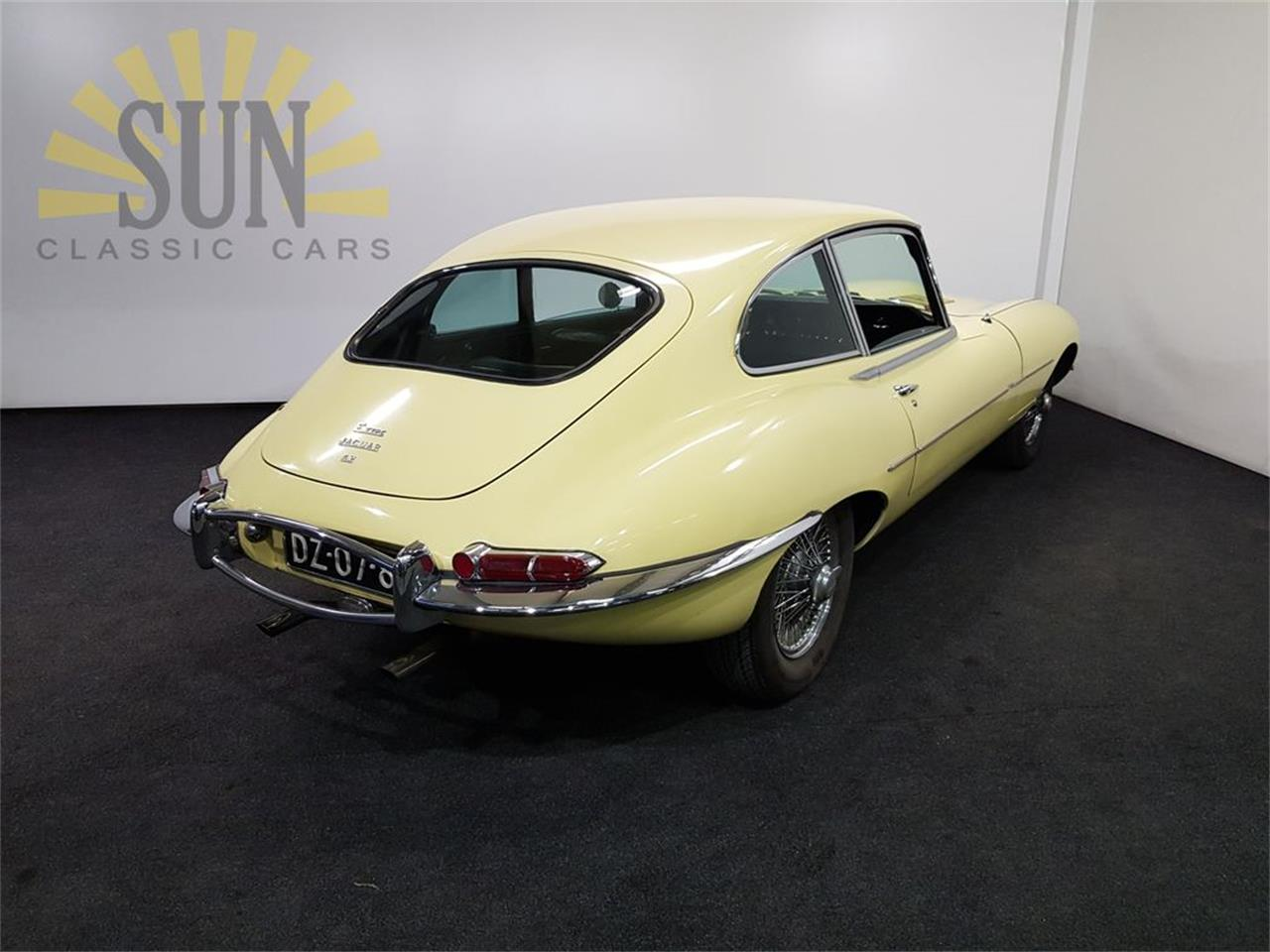 Large Picture of '67 E-Type - PW3P