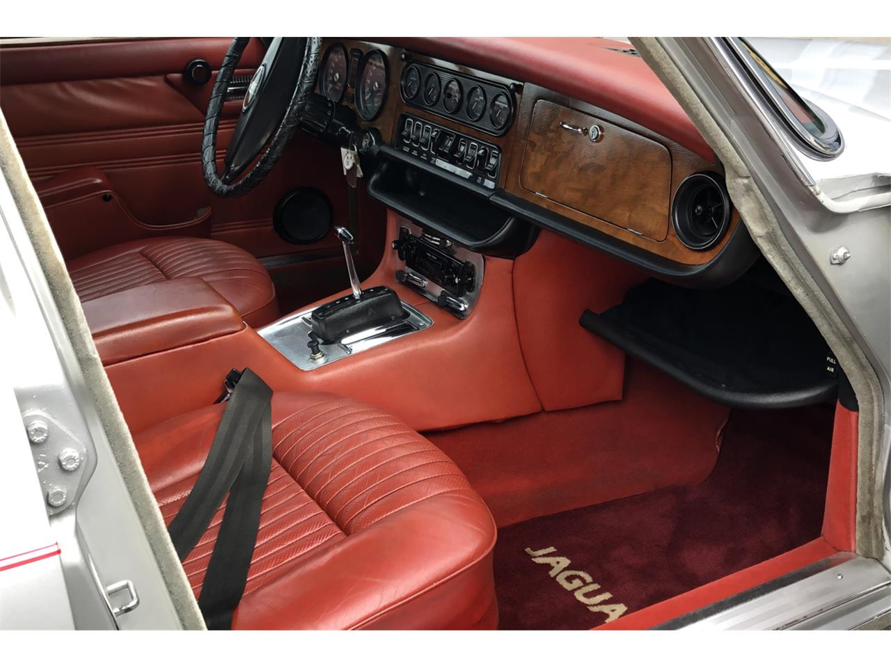 Large Picture of '73 XJ6 - PW4B