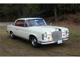 Picture of '63 220SE Auction Vehicle Offered by Lucky Collector Car Auctions - PW4K
