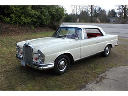 Picture of Classic 1963 220SE Auction Vehicle Offered by Lucky Collector Car Auctions - PW4K