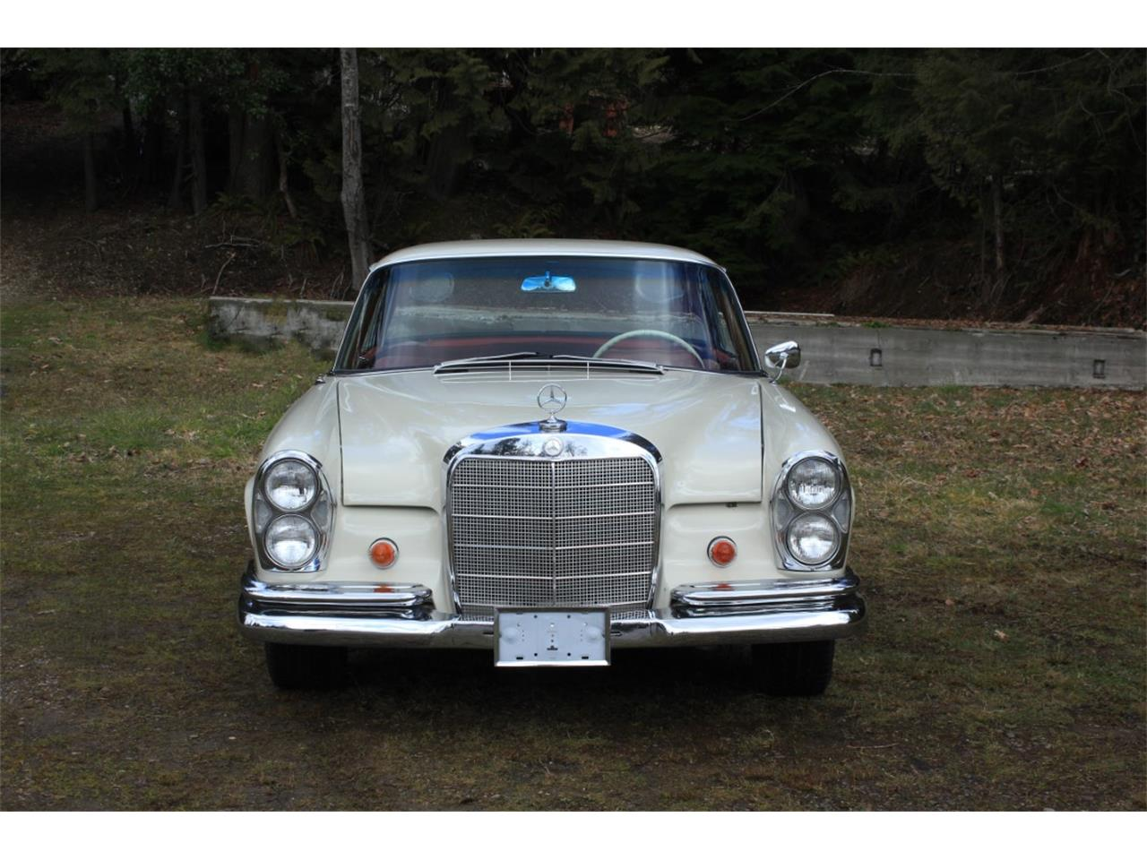 Large Picture of 1963 Mercedes-Benz 220SE located in Washington Auction Vehicle Offered by Lucky Collector Car Auctions - PW4K