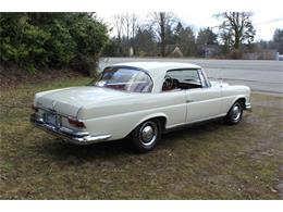 Picture of Classic '63 220SE located in Washington Auction Vehicle Offered by Lucky Collector Car Auctions - PW4K