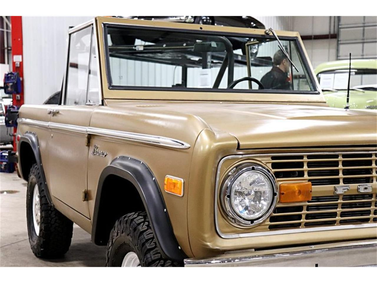 Large Picture of '74 Bronco - PW7O