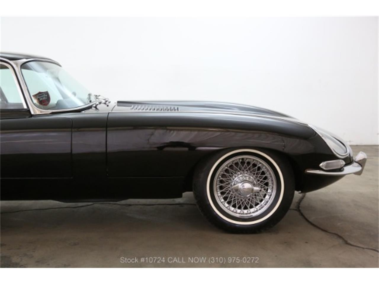 Large Picture of Classic 1966 Jaguar XKE Offered by Beverly Hills Car Club - PW88