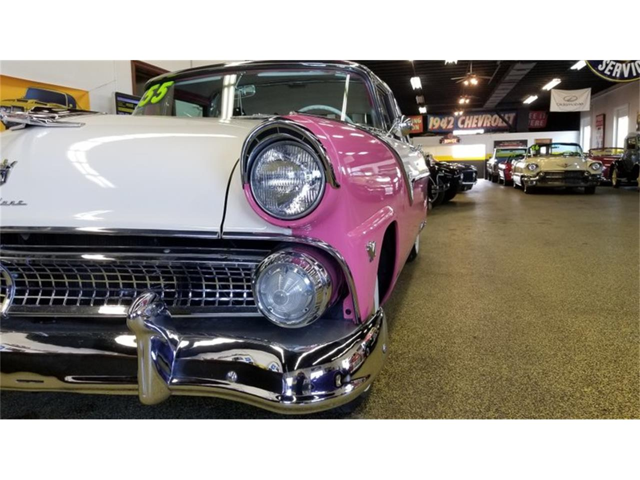 Large Picture of 1955 Ford Crown Victoria - PW8I