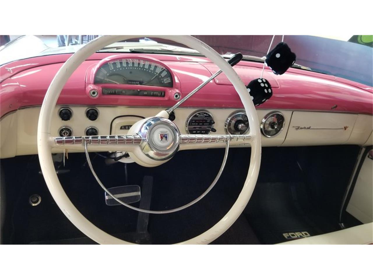 Large Picture of Classic '55 Crown Victoria located in Mankato Minnesota - $39,900.00 - PW8I