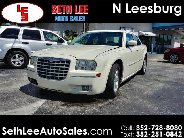 Picture of 2005 Chrysler 300 located in Tavares Florida - $6,995.00 Offered by  - PW9D