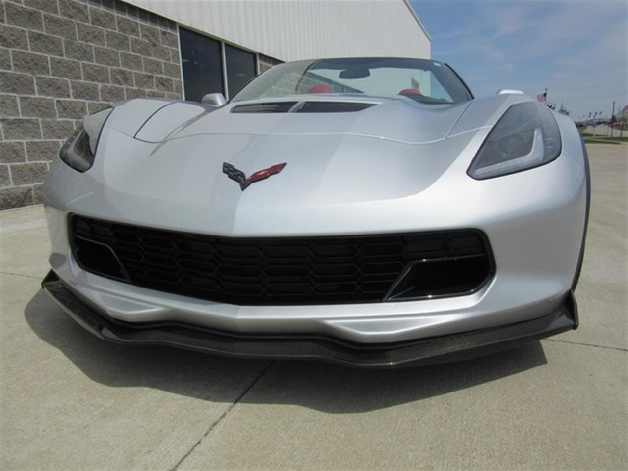 Large Picture of '15 Corvette located in Greenwood Indiana Offered by Ray Skillman Classic Cars - PW9R