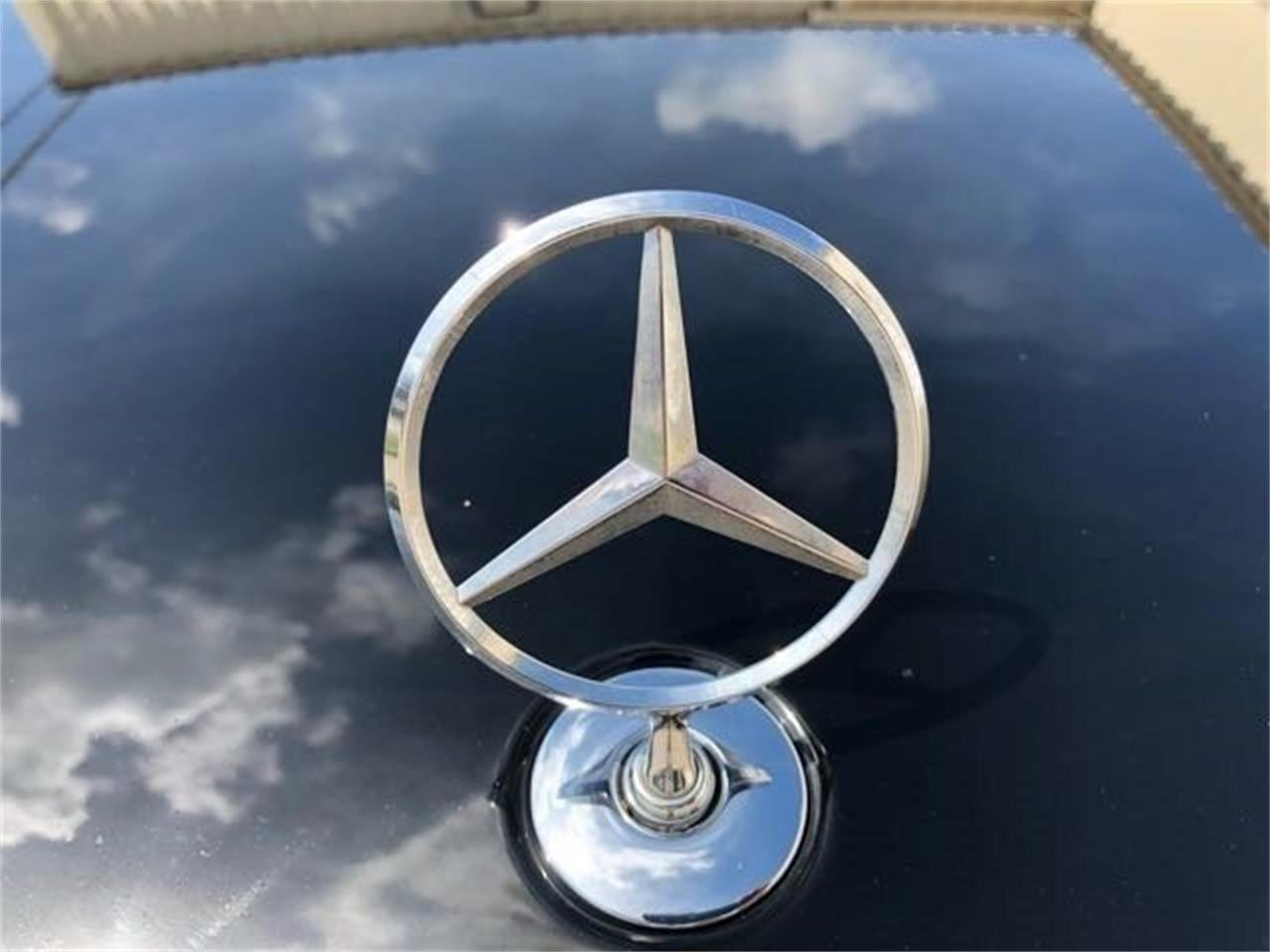 Large Picture of '10 Mercedes-Benz S550 - $17,900.00 - PWA6