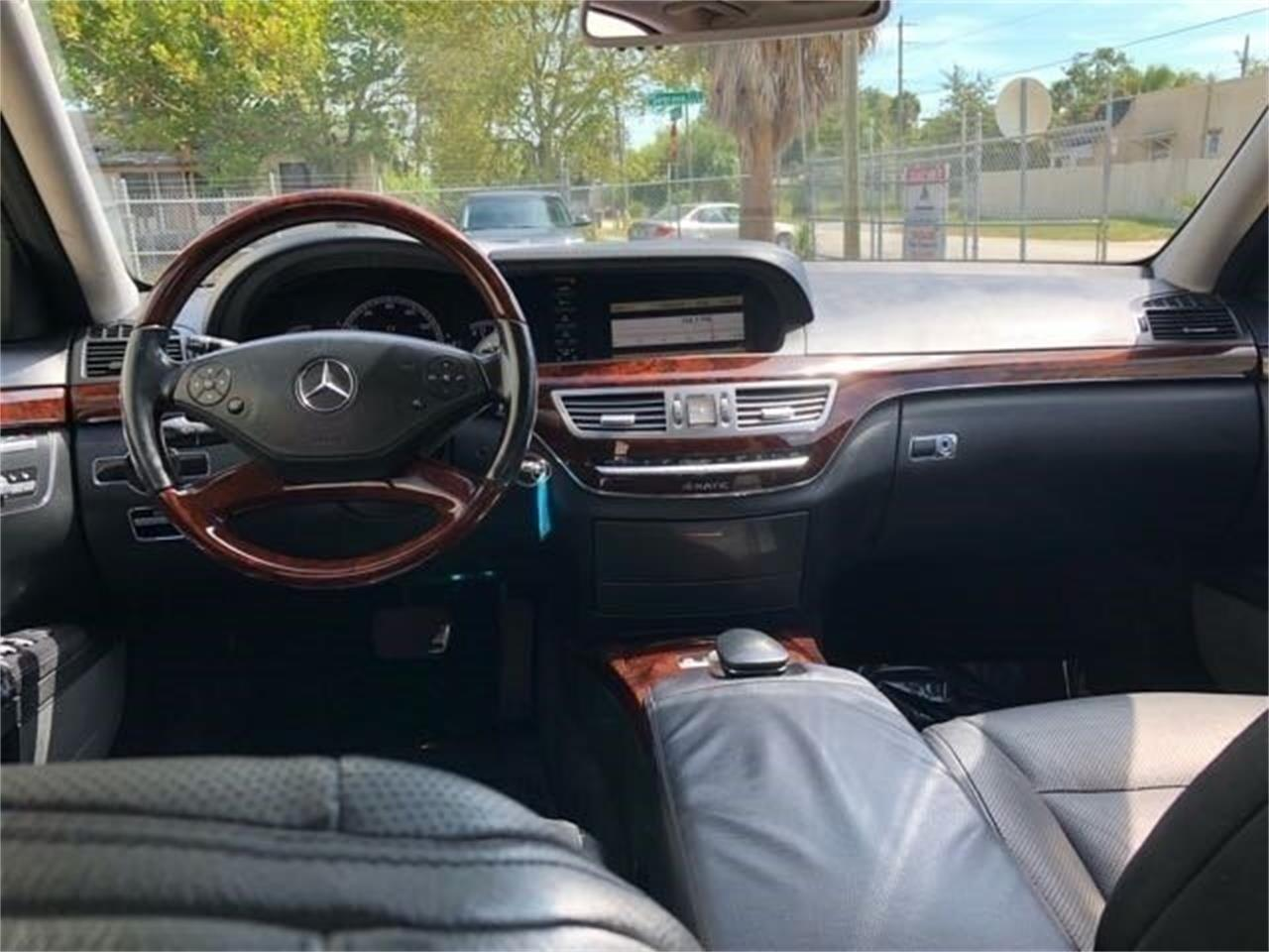Large Picture of '10 Mercedes-Benz S550 - PWA6