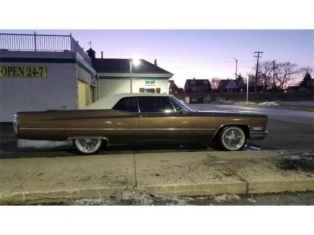 Picture of 1967 Cadillac DeVille located in Michigan - PWD5