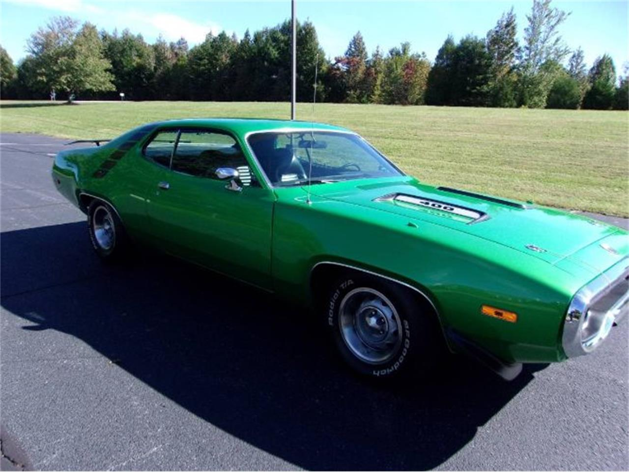 Large Picture of Classic '72 Road Runner located in Michigan - PWDN