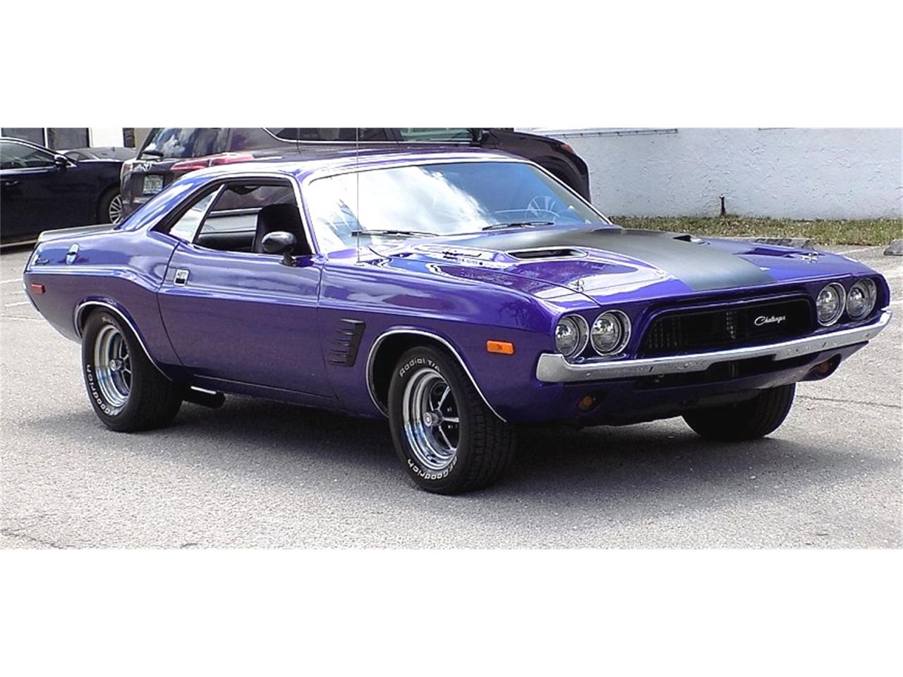 Large Picture of '72 Challenger - PWEZ