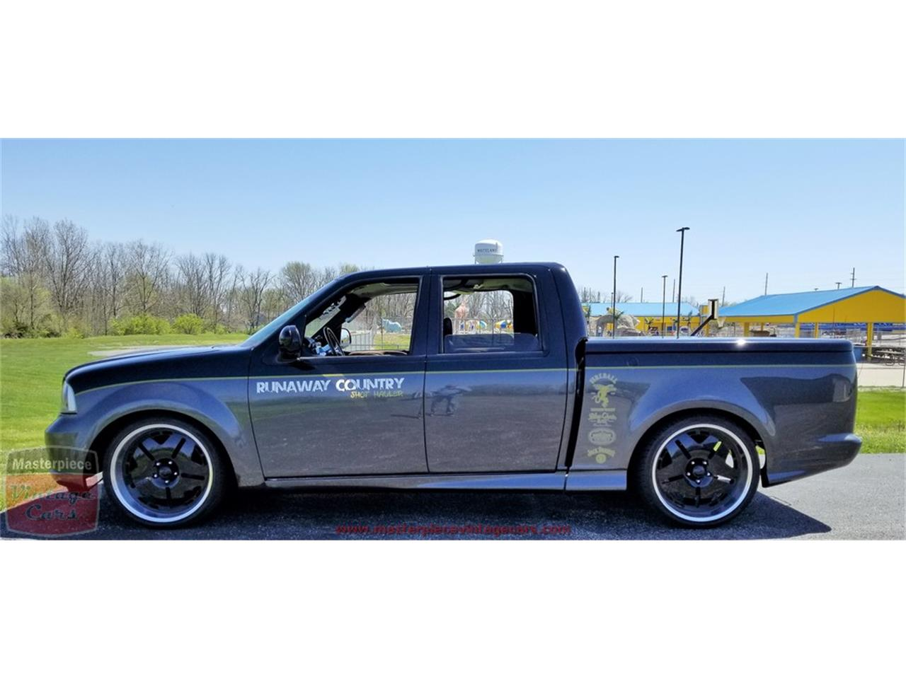 Large Picture of '03 Ford F150 located in Whiteland Indiana Offered by Masterpiece Vintage Cars - PWFY