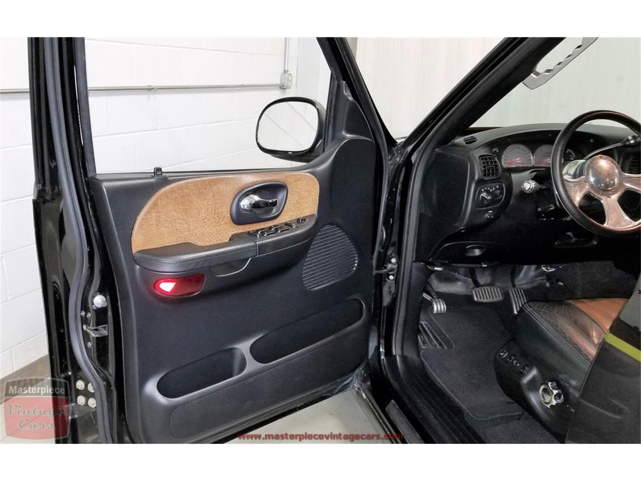 Large Picture of 2003 Ford F150 - $29,900.00 Offered by Masterpiece Vintage Cars - PWFY