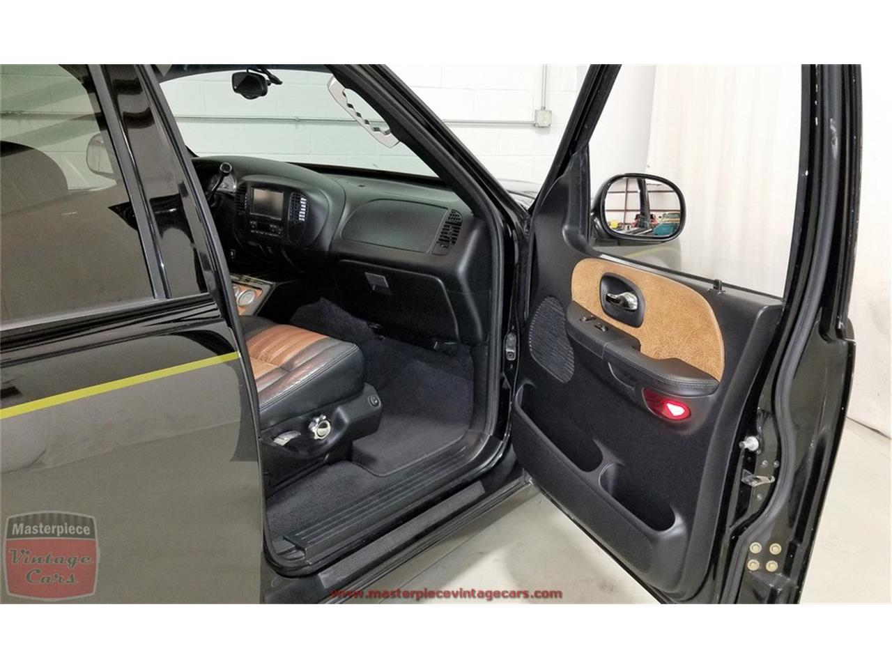 Large Picture of '03 F150 located in Indiana - $29,900.00 Offered by Masterpiece Vintage Cars - PWFY