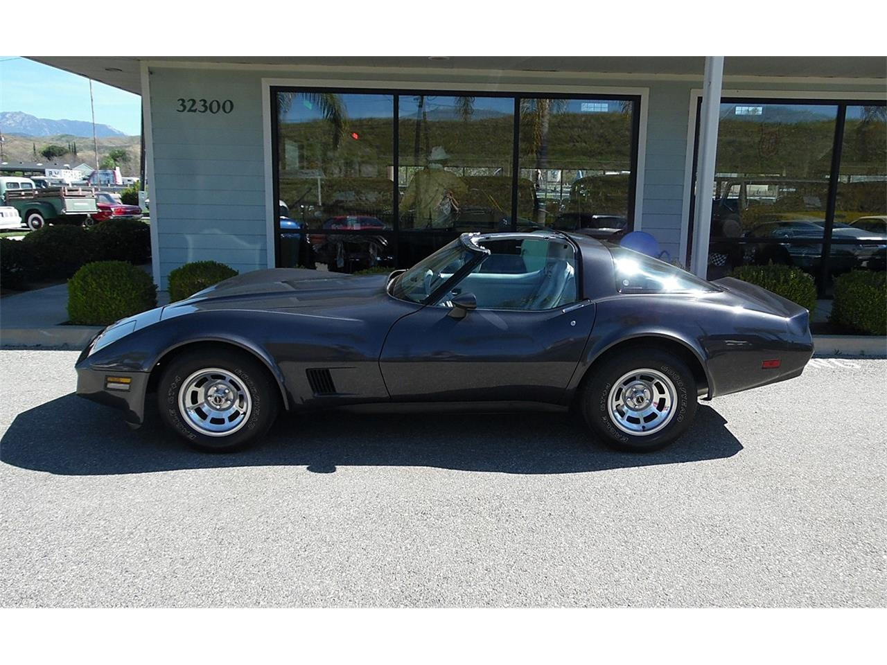 Large Picture of '81 Corvette - PWG9