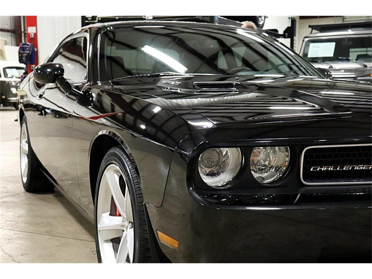Large Picture of '10 Dodge Challenger located in Kentwood Michigan - PWGQ