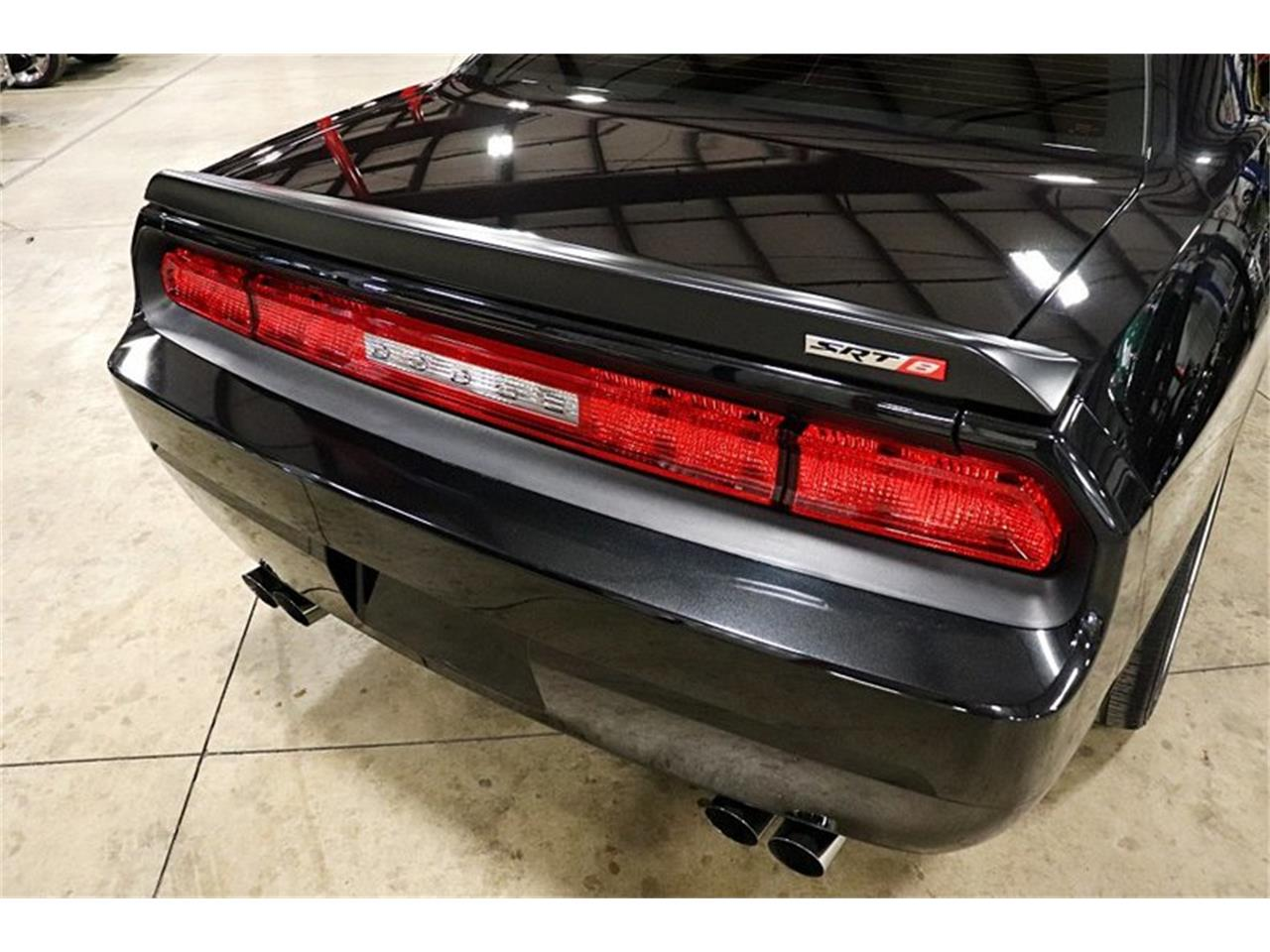 Large Picture of '10 Dodge Challenger located in Kentwood Michigan - $26,900.00 - PWGQ