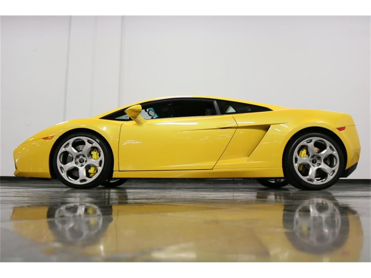 Large Picture of 2004 Lamborghini Gallardo located in Ft Worth Texas - $99,995.00 - PWGV