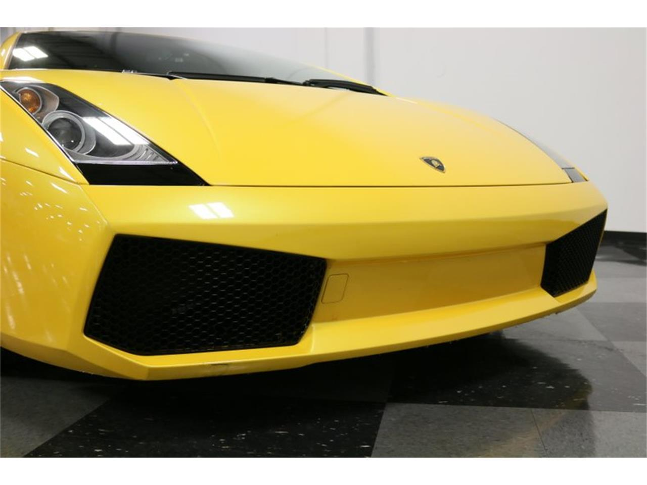 Large Picture of 2004 Gallardo - $99,995.00 Offered by Streetside Classics - Dallas / Fort Worth - PWGV