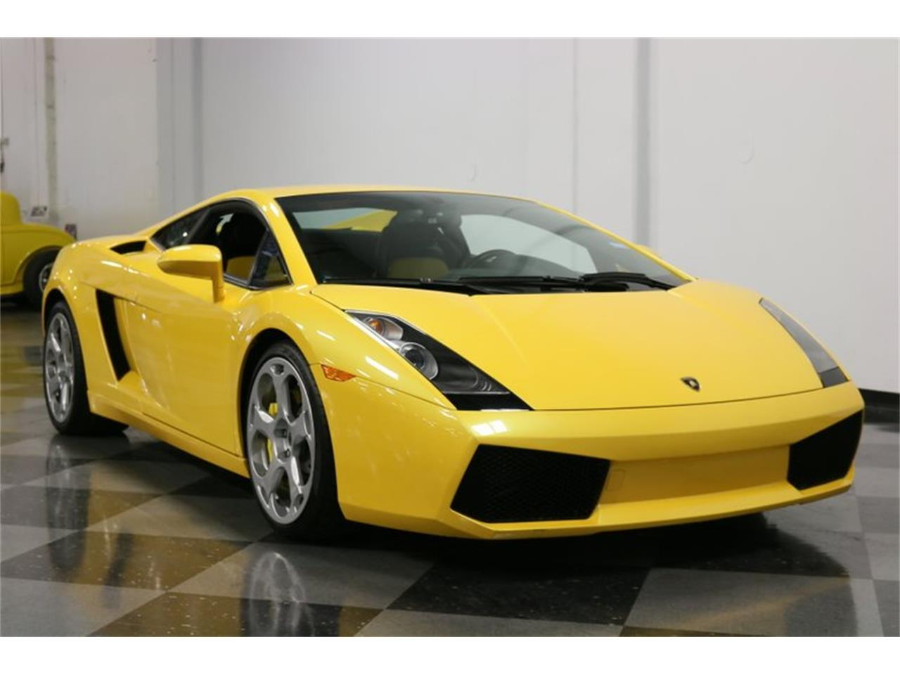 Large Picture of '04 Gallardo located in Texas Offered by Streetside Classics - Dallas / Fort Worth - PWGV