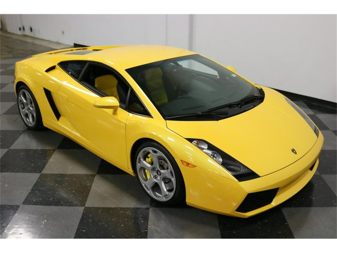 Large Picture of '04 Gallardo located in Ft Worth Texas Offered by Streetside Classics - Dallas / Fort Worth - PWGV