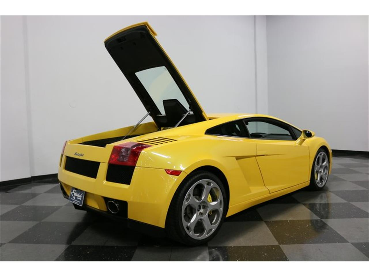 Large Picture of '04 Lamborghini Gallardo located in Texas Offered by Streetside Classics - Dallas / Fort Worth - PWGV