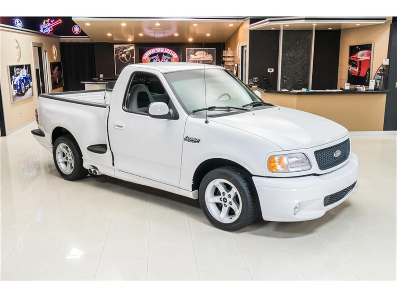 Large Picture of 2000 Ford F150 - PWH0