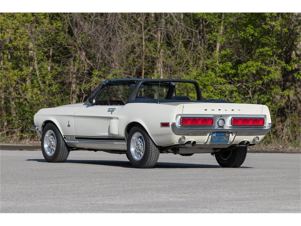 Large Picture of Classic 1968 Shelby GT500 located in St. Charles Missouri - PWHW