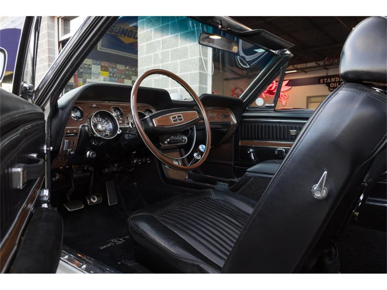 Large Picture of 1968 GT500 located in Missouri - PWHW