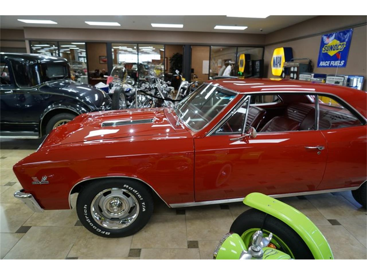 Large Picture of '67 Chevelle - PWJ5