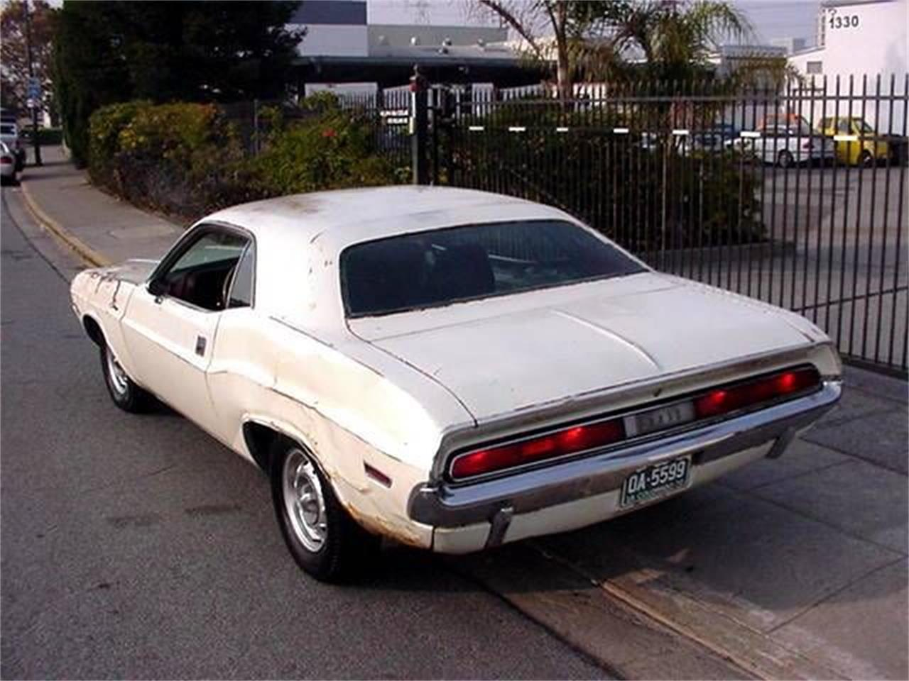 Large Picture of '70 Challenger - PWK0