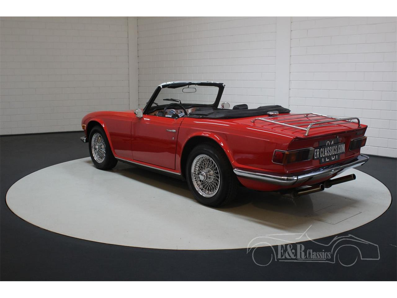 Large Picture of Classic 1973 Triumph TR6 - PWMQ