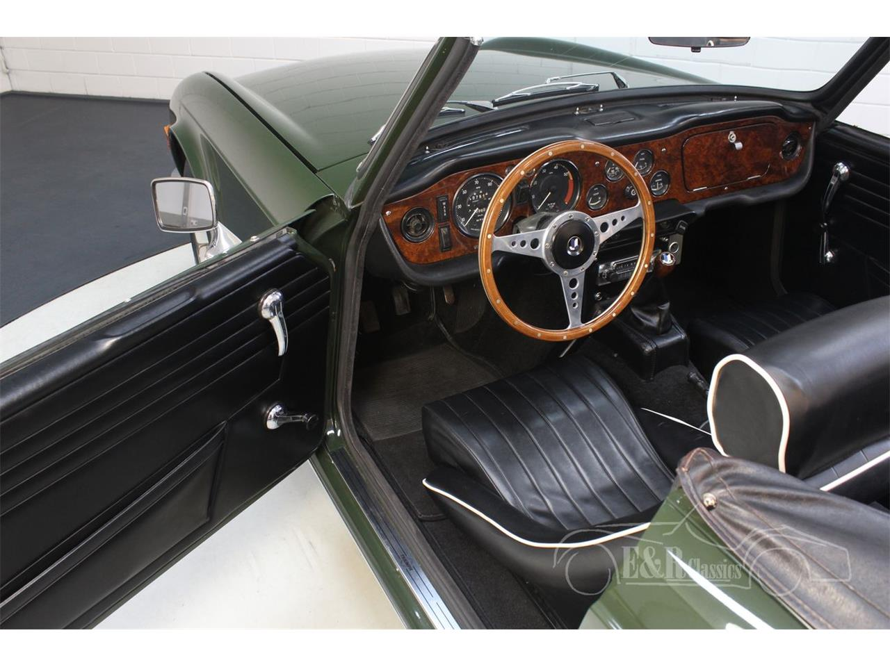Large Picture of '69 Triumph TR6 located in Waalwijk Noord Brabant - PWOE