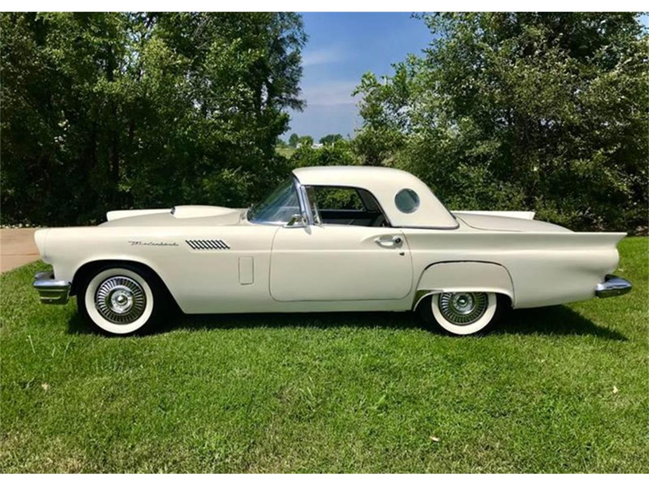 Large Picture of '57 Thunderbird - PWQK