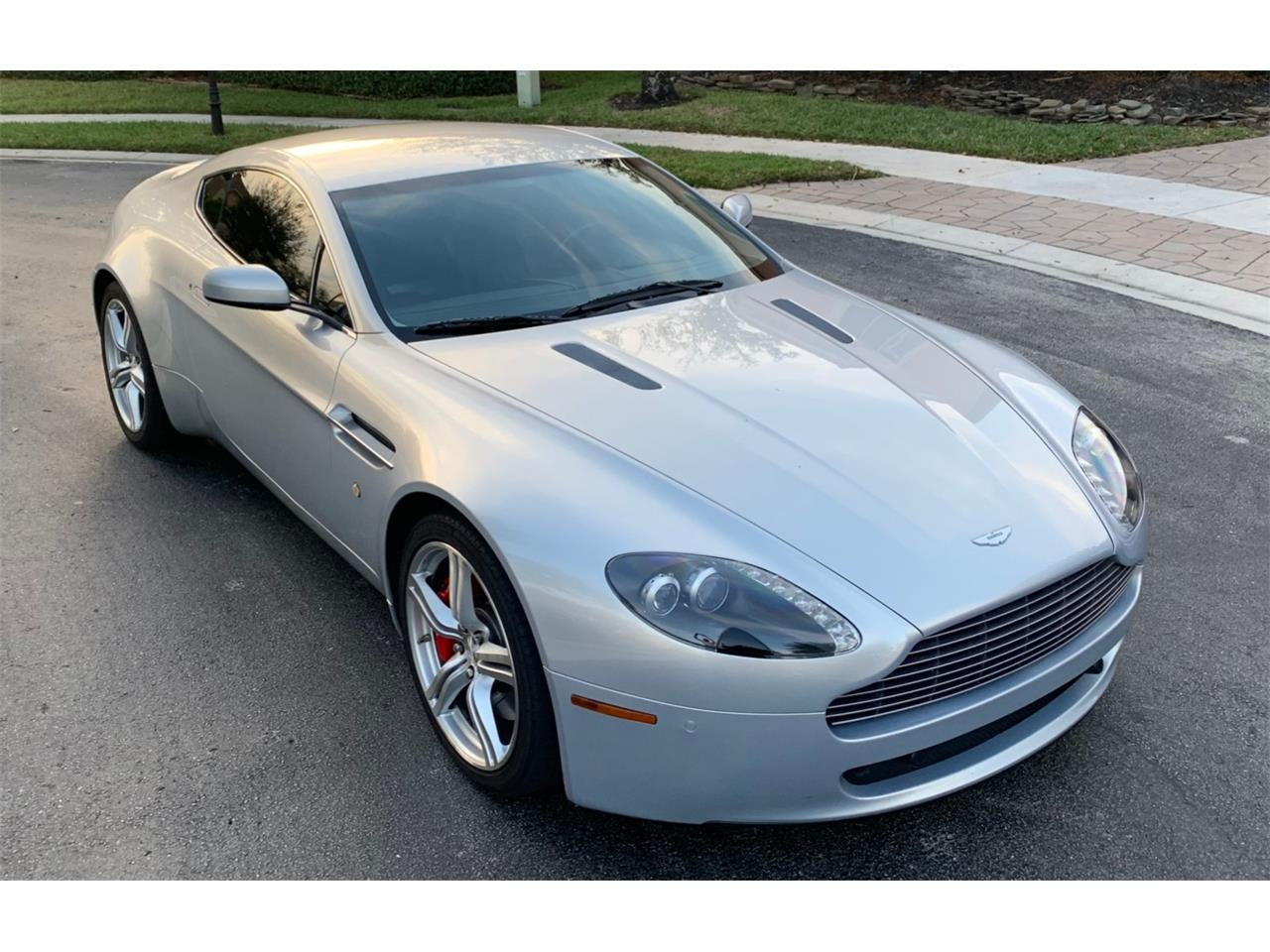 Large Picture of '09 Vantage Offered by Bring A Trailer - PWRX
